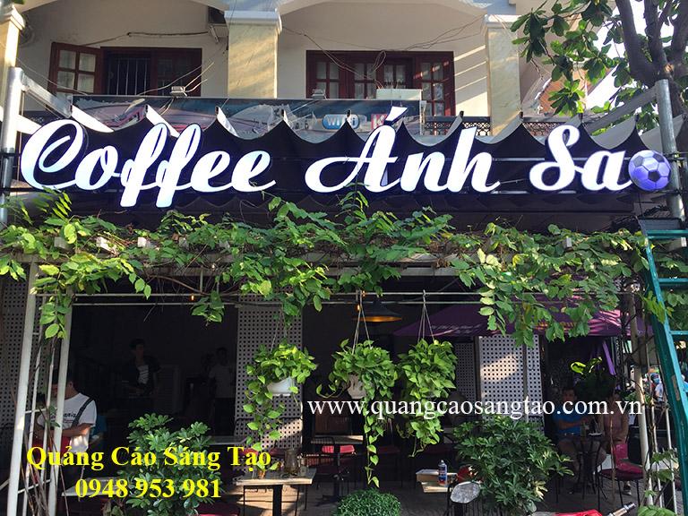 Bảng hiệu của quán Coffee Ánh Sao
